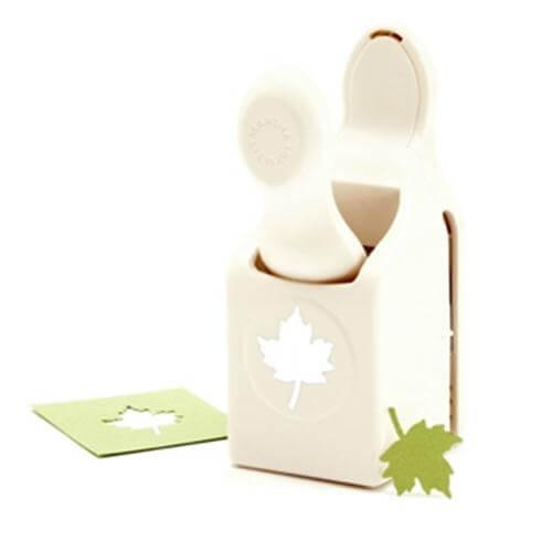 M283015 Фигурный дырокол Maple Leaf - Martha Stewart