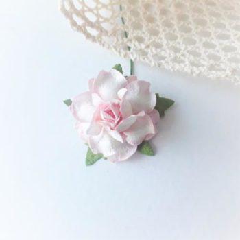 Бумажная роза Белая с розовым 30 мм 1шт.